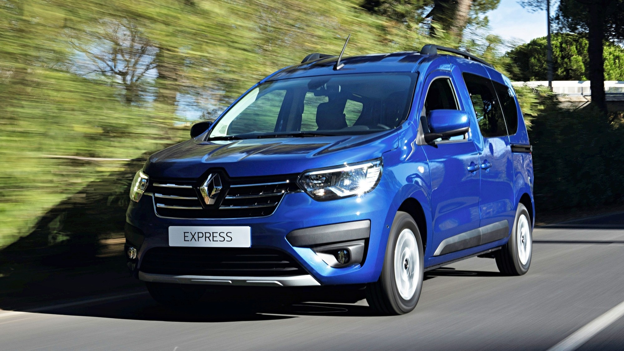 Пассажирский Renault Express: компактвэн для бедных на основе старого Dokker