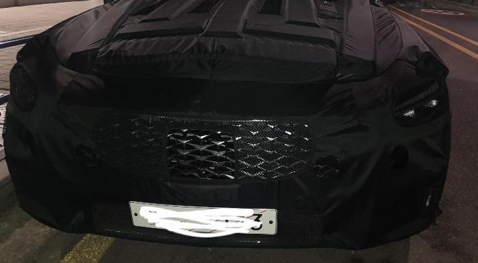 Растерявший покупателей флагманский седан Kia скоро сменит имидж: новые фото