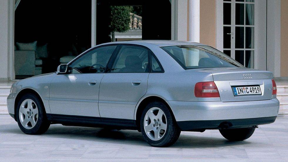 3Audi A4 1.8 T Sedan EU-spec (B5,8D) '1999–2000