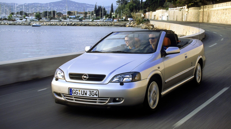 Opel Astra Cabrio '2001–05 дизайн Bertone