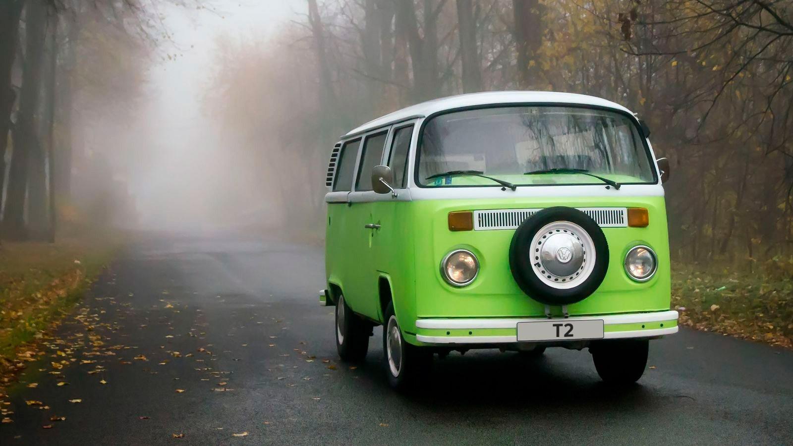 От хиппи до бизнесмена: эволюционный тест-драйв Volkswagen Transporter семи поколений