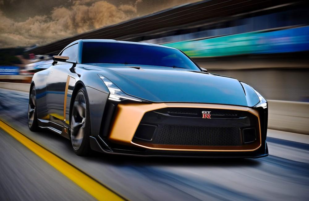 Предсерийная версия Nissan GT-R50