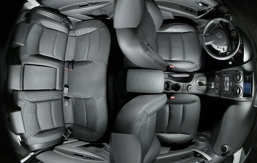 На фото: интерьер Nissan Qashqai '2007–09