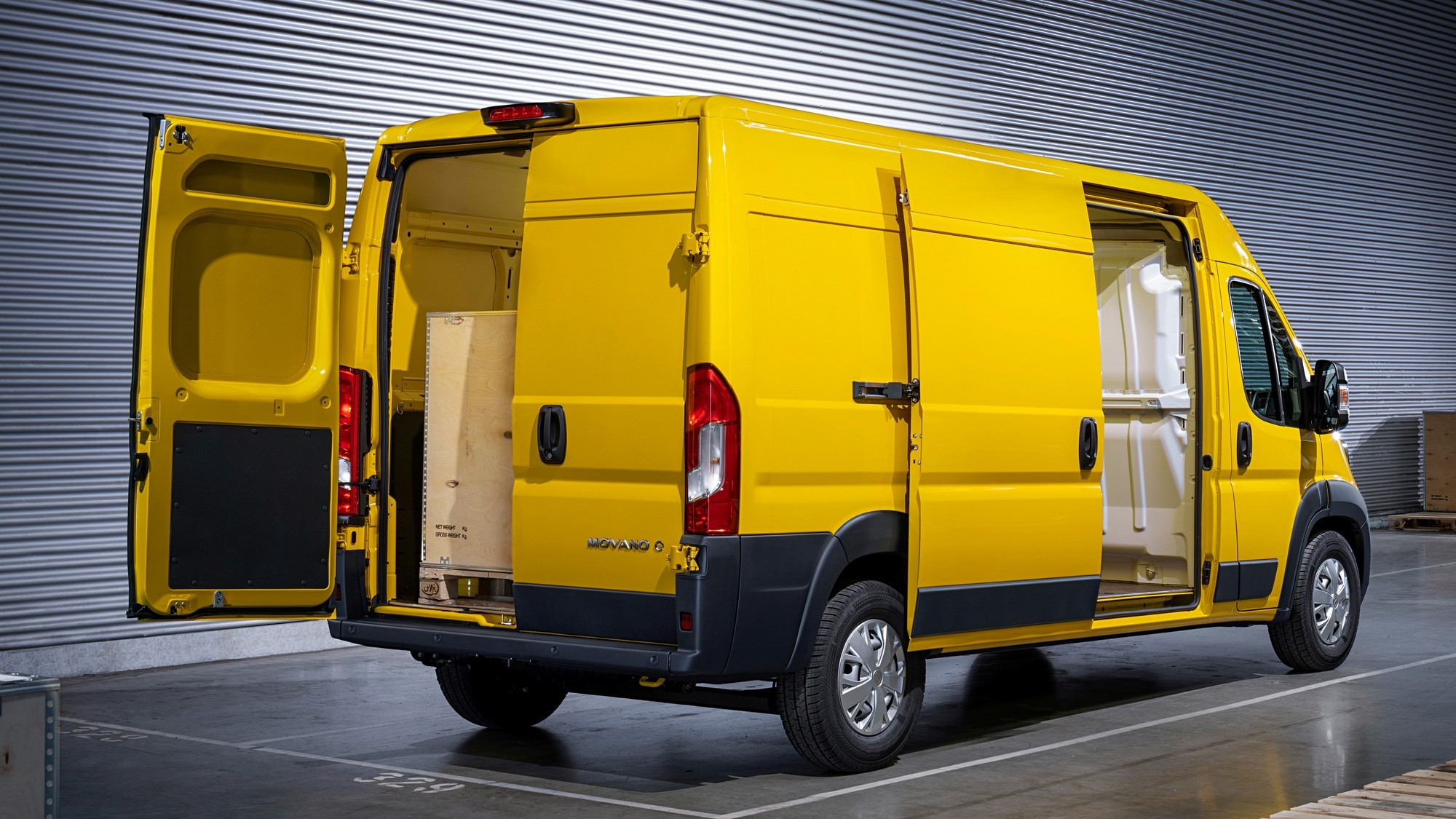Opel Movano переехал на платформу Stellantis и обзавёлся электрической версией