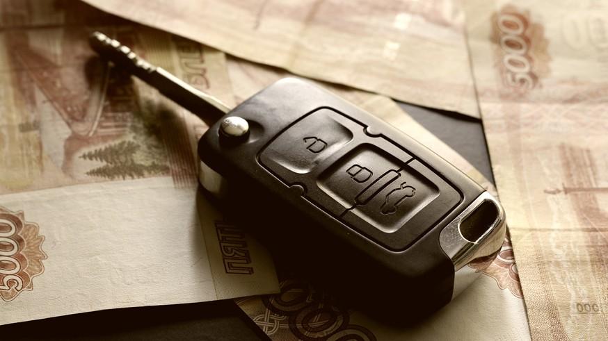 Напомним, обращение к финомбудсмену не требует денег от автовладельцев, то есть услуги предоставляются бесплатно. Страховые компании обязаны исполнить решение уполномоченного. При этом имущественные споры по ОСАГО служба рассматривает вне зависимости от суммы требований.Ранее мы сообщали об итогах первого месяца работы омбудсмена по ОСАГО . Оказалось, что большинство автовладельцев не согласны с размером компенсации (1 013 таких обращений было зафиксировано в июне), а также с отказом страховой компании в выплате (660 жалоб). Средний размер требований клиентов составляет примерно 180,6 тыс. рублей. В числе лидеров по количеству обращений – Краснодарский край, Москва, Нижегородская область, республики Башкортостан и Татарстан.