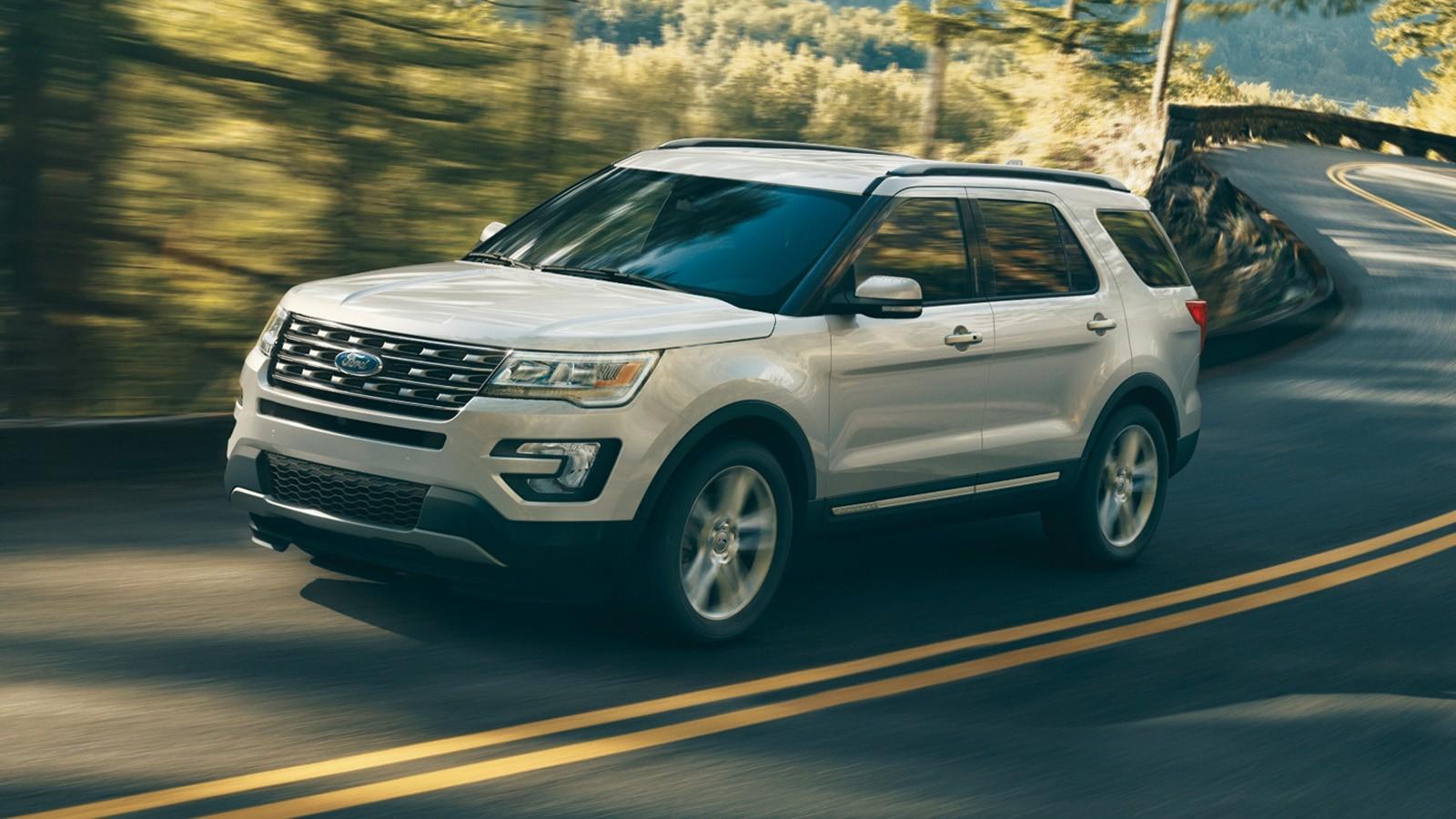 На фото: Ford Explorer