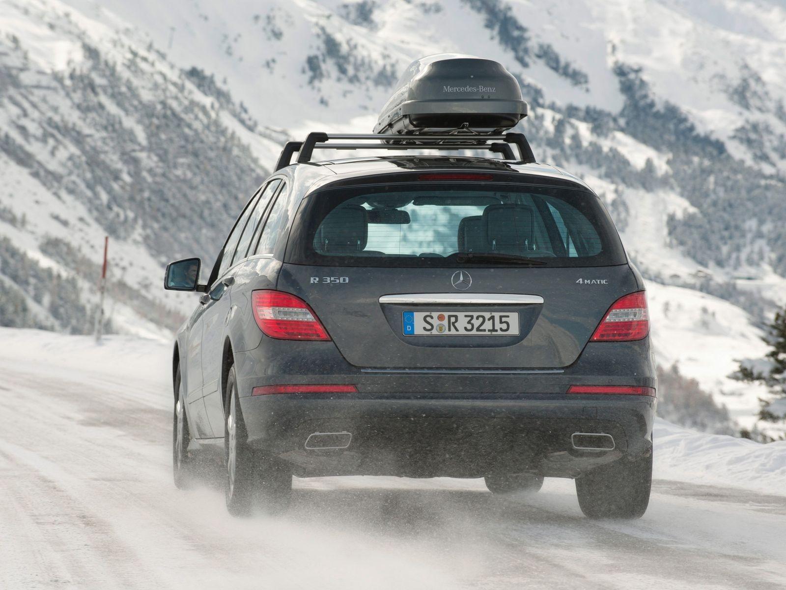 Почти GL, но на полмиллиона дешевле: стоит ли покупать Mercedes-Benz R-class за 1,2 миллиона