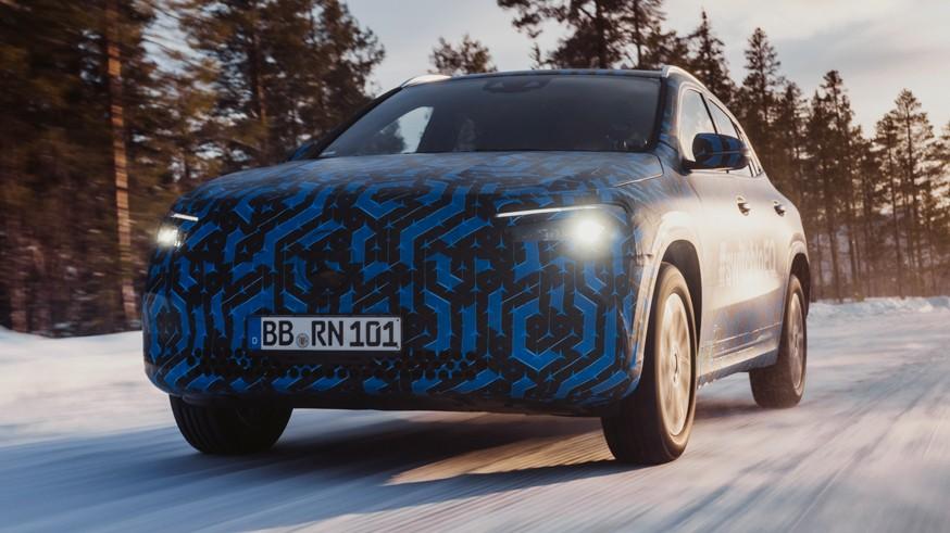 Младшенький в «зелёном» семействе: Mercedes-Benz задерживается с презентацией EQA