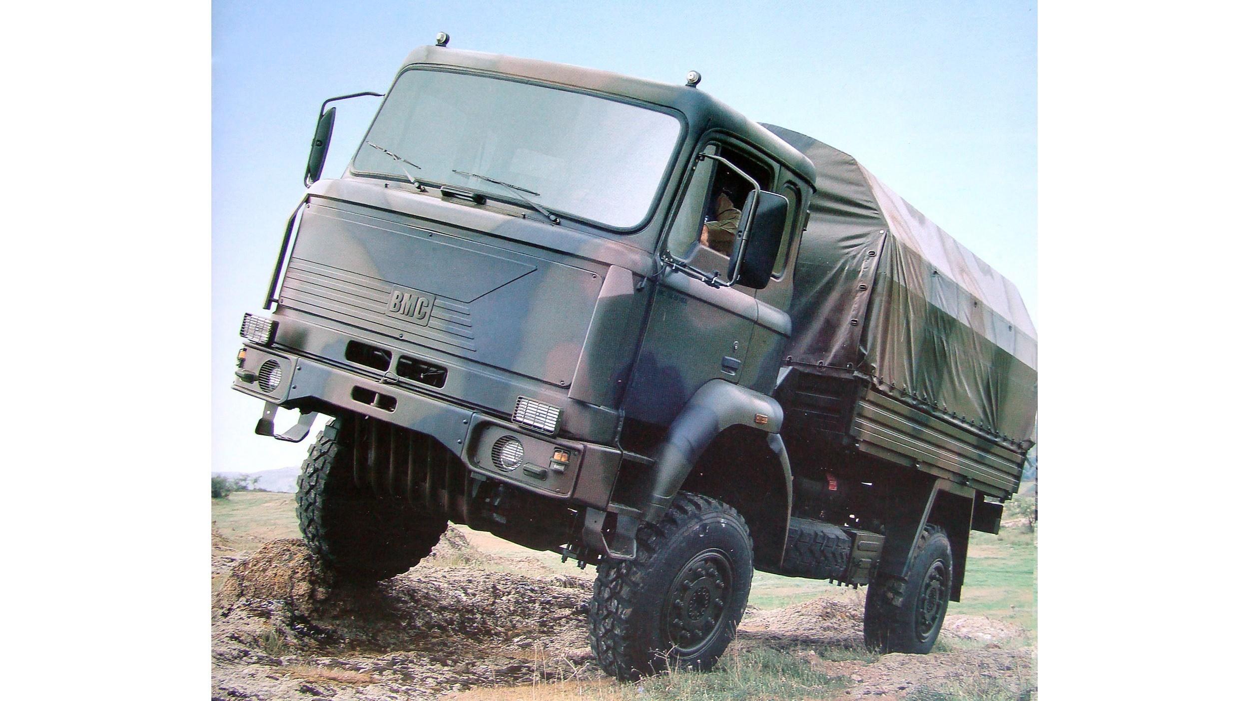 Легкий бескапотный автомобиль BMC 215-09 с 215-сильным дизелем
