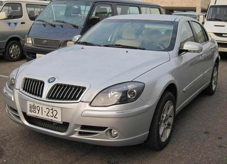 Fiat Albea, Mercedes W124 и даже Lada Xray: что собирают в КНДР на странном заводе Пхёнва