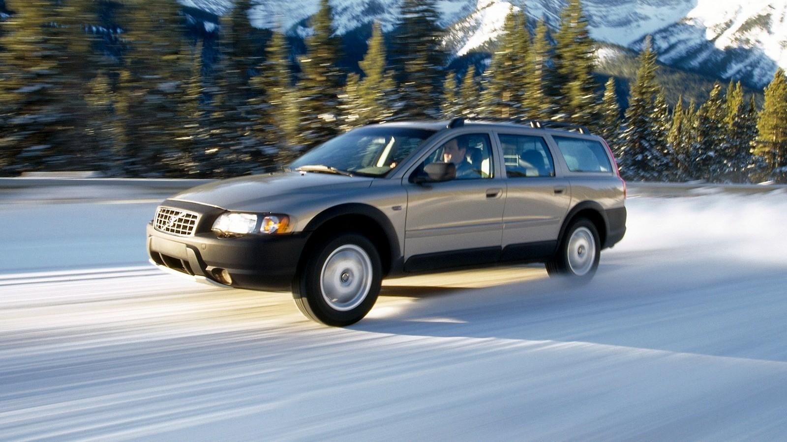 Volvo XC70 '2002–04