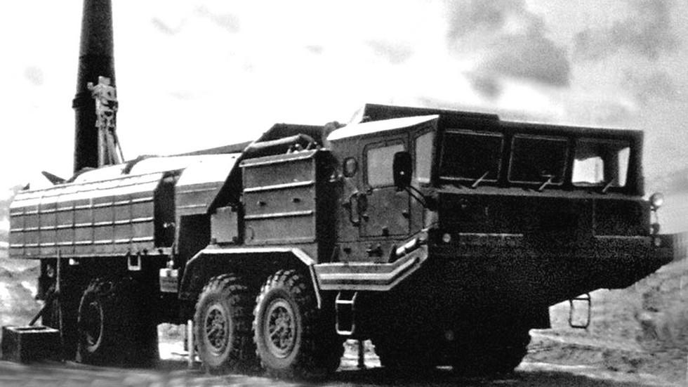 Макетная пусковая установка Бр-1555-1 на шасси БАЗ-69501. 1991 год