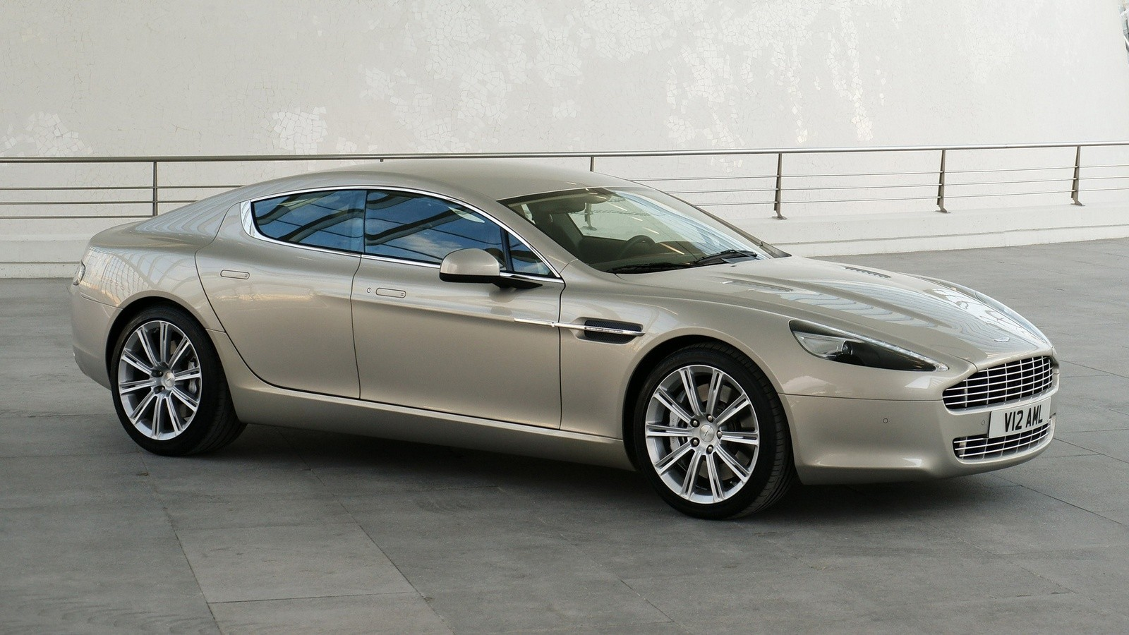 Aston Martin Rapide '2010–13