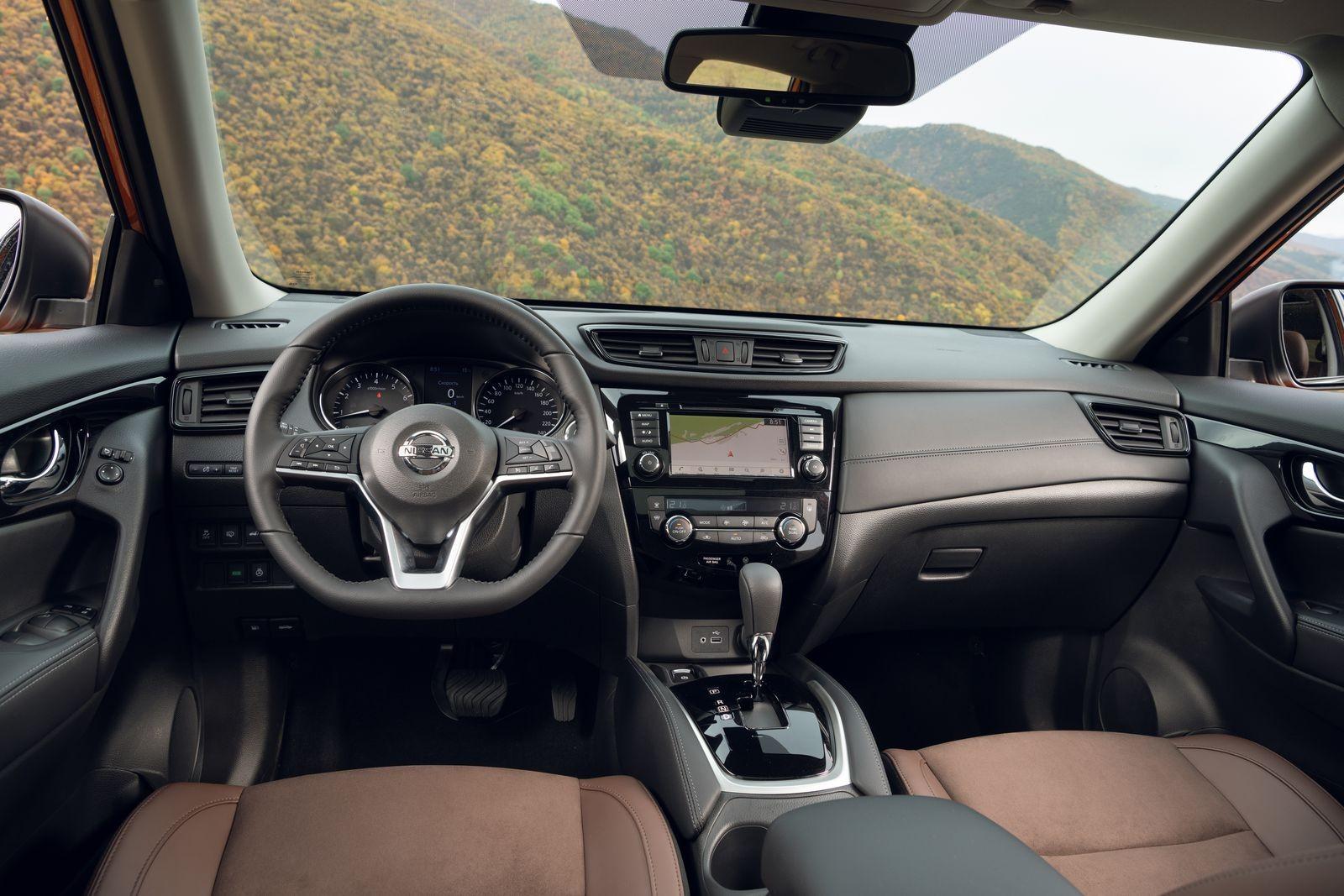 Тем, кто любит «Яндекс»: тест-драйв обновленных Nissan Qashqai и X-Trail