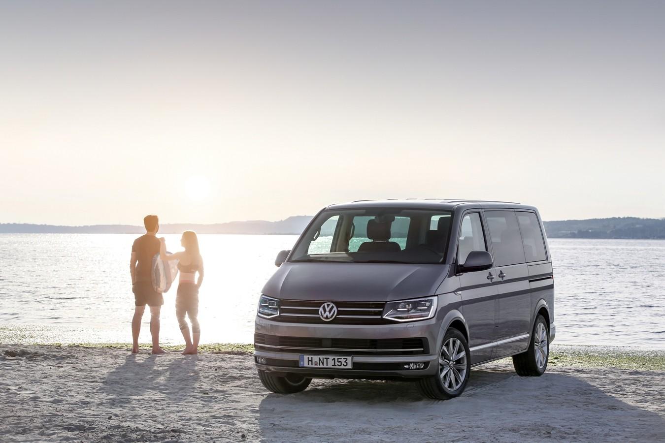 На фото: Volkswagen Multivan