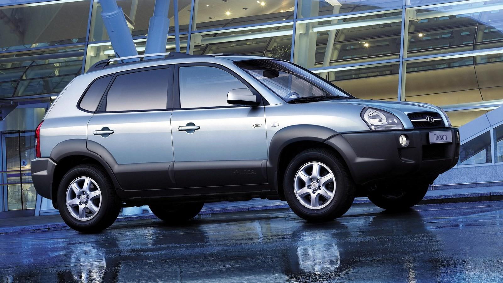 Hyundai Tucson Worldwide '2004–09я