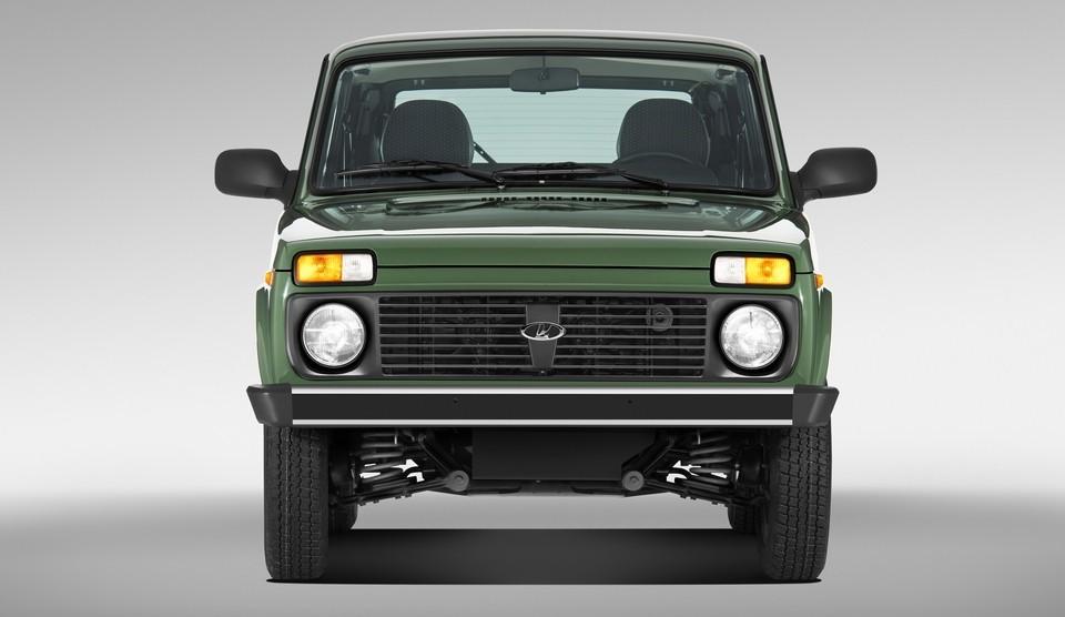 На фото: стандартная модель Lada 4x4