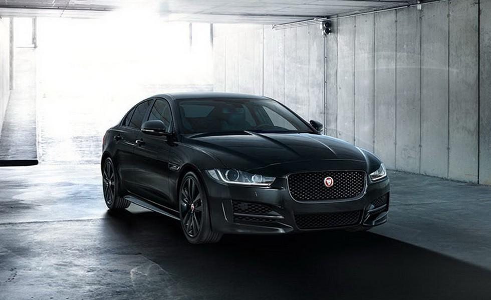 Jaguar XE Black Edition