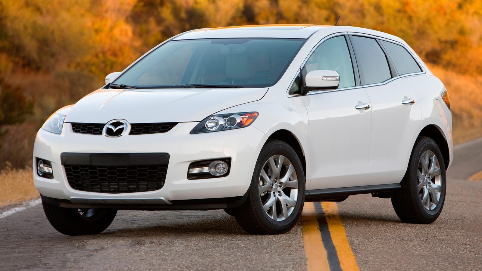 На фото: Mazda CX-7