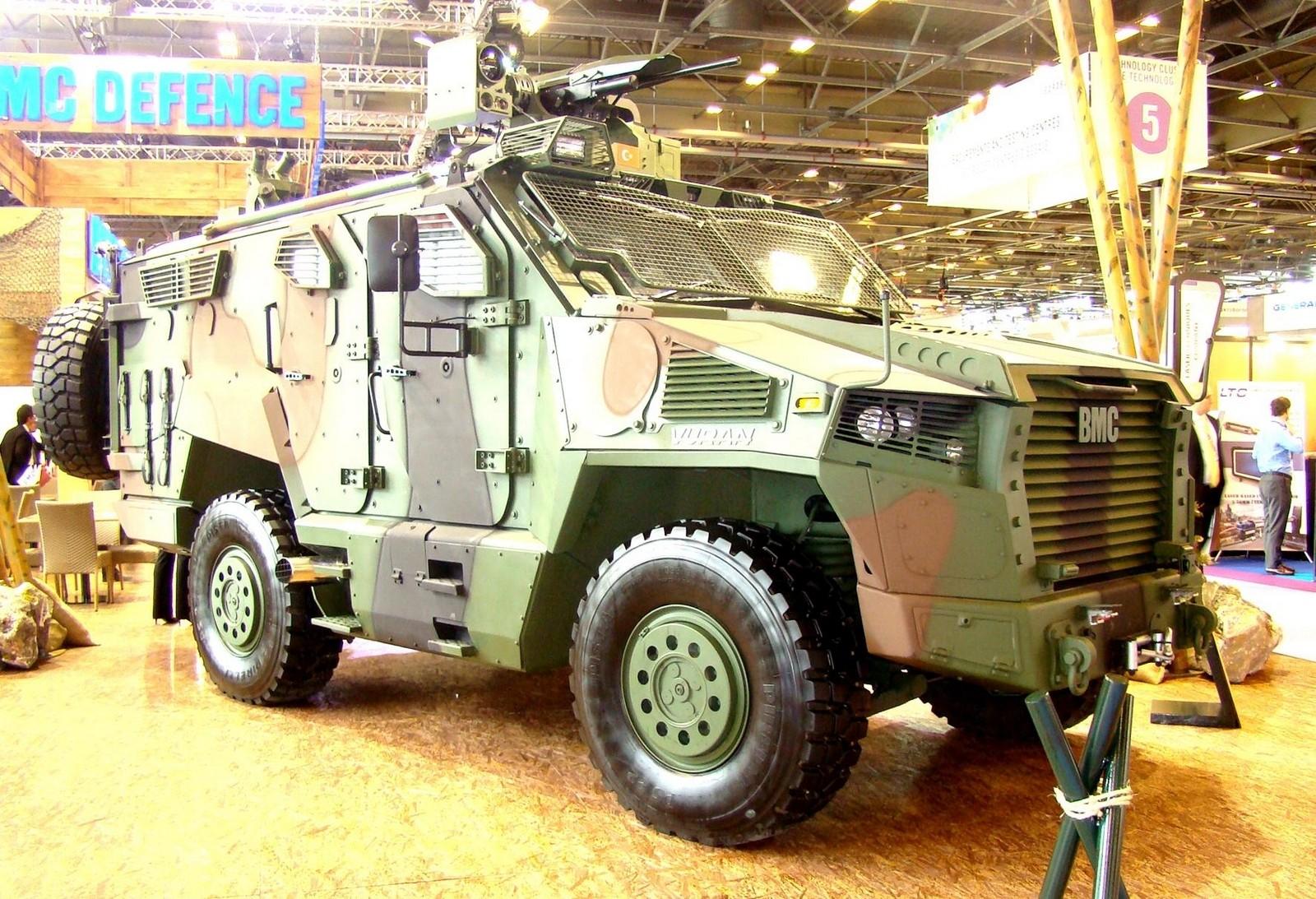 Новая бронемашина ВМС Vuran с агрегатами от моделей Amazon и Kirpi