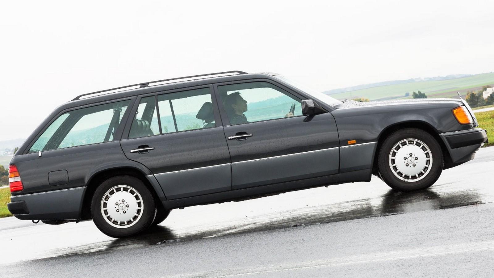 На фото: Mercedes-Benz '1992–1993