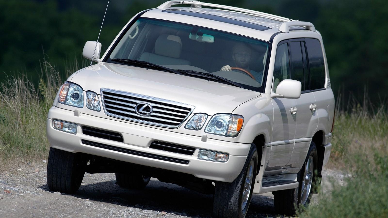 На фото: Lexus GX 470 2006