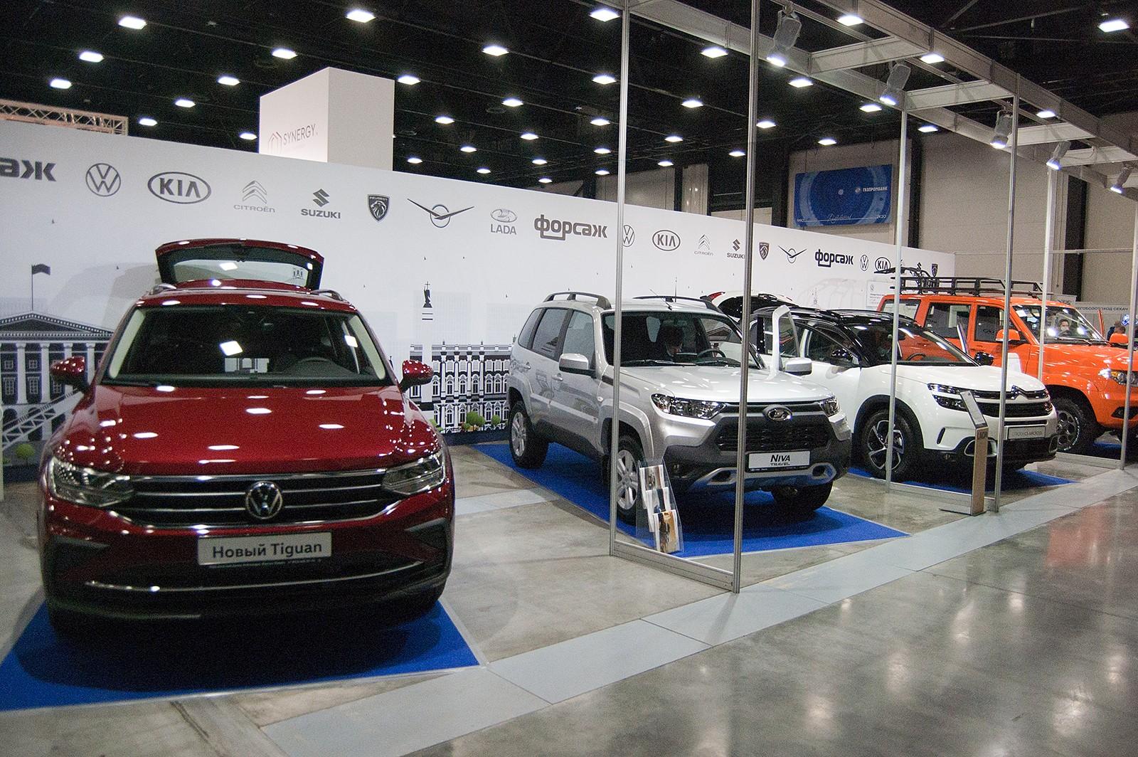 По старинке: что посмотреть на Петербургском международном автосалоне?