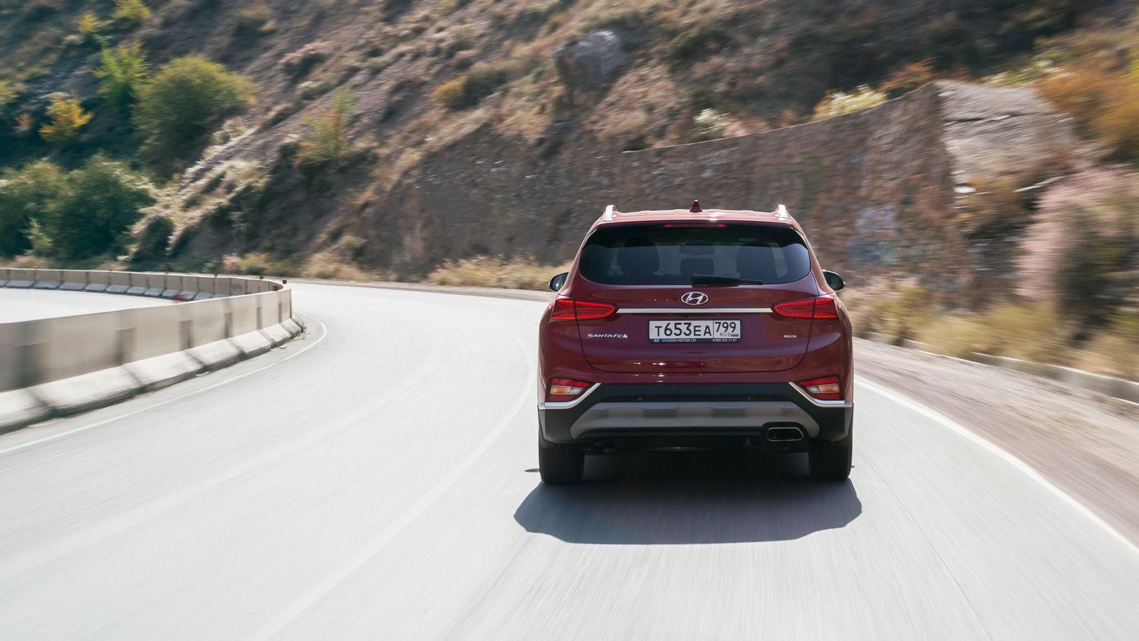 Hyundai-Santa-Fe-в динамике 3