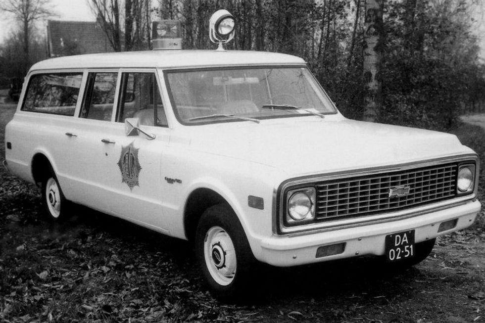 1971 chevrolet c10 suburban полицейский