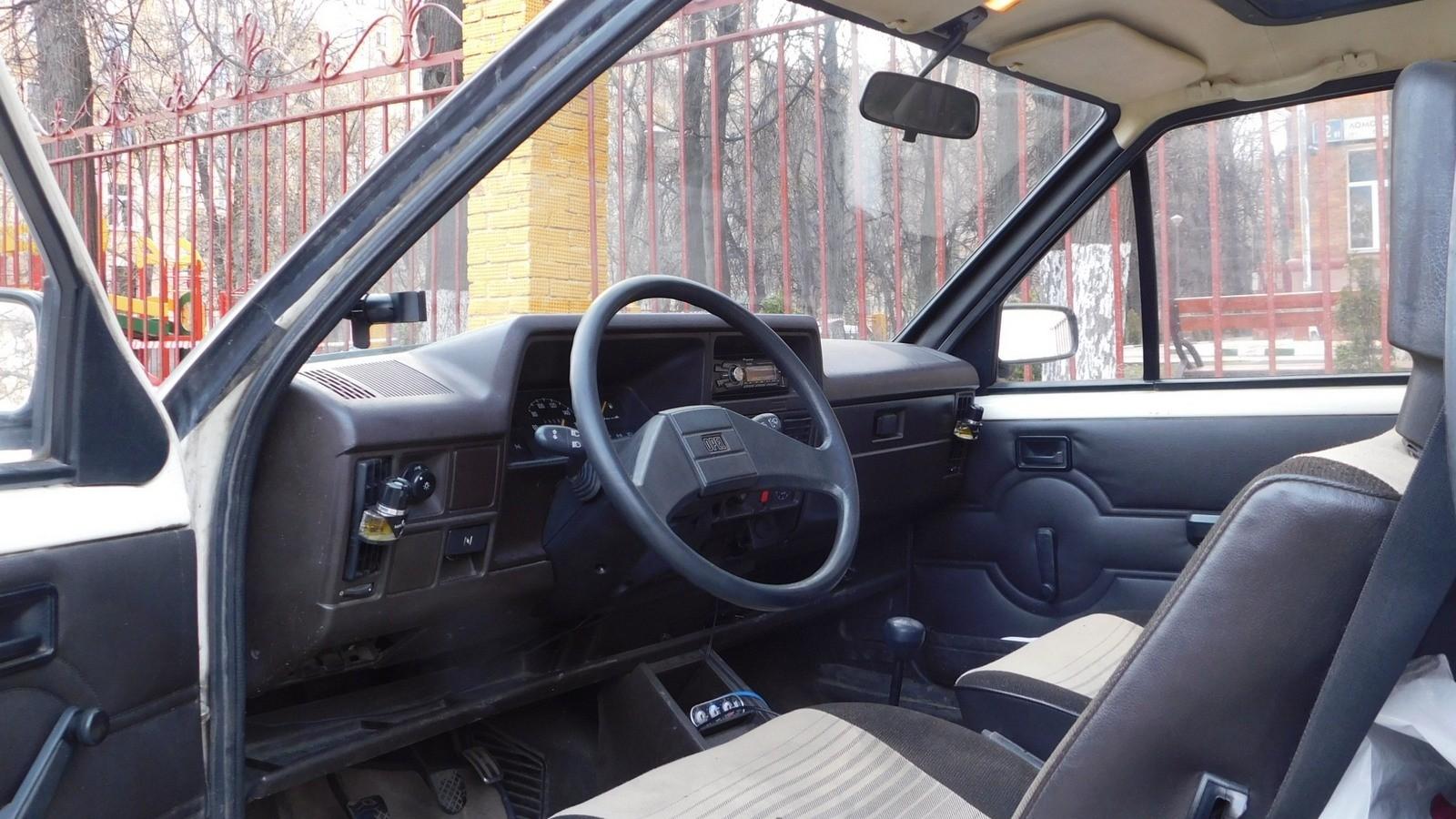 Opel Corsa салон
