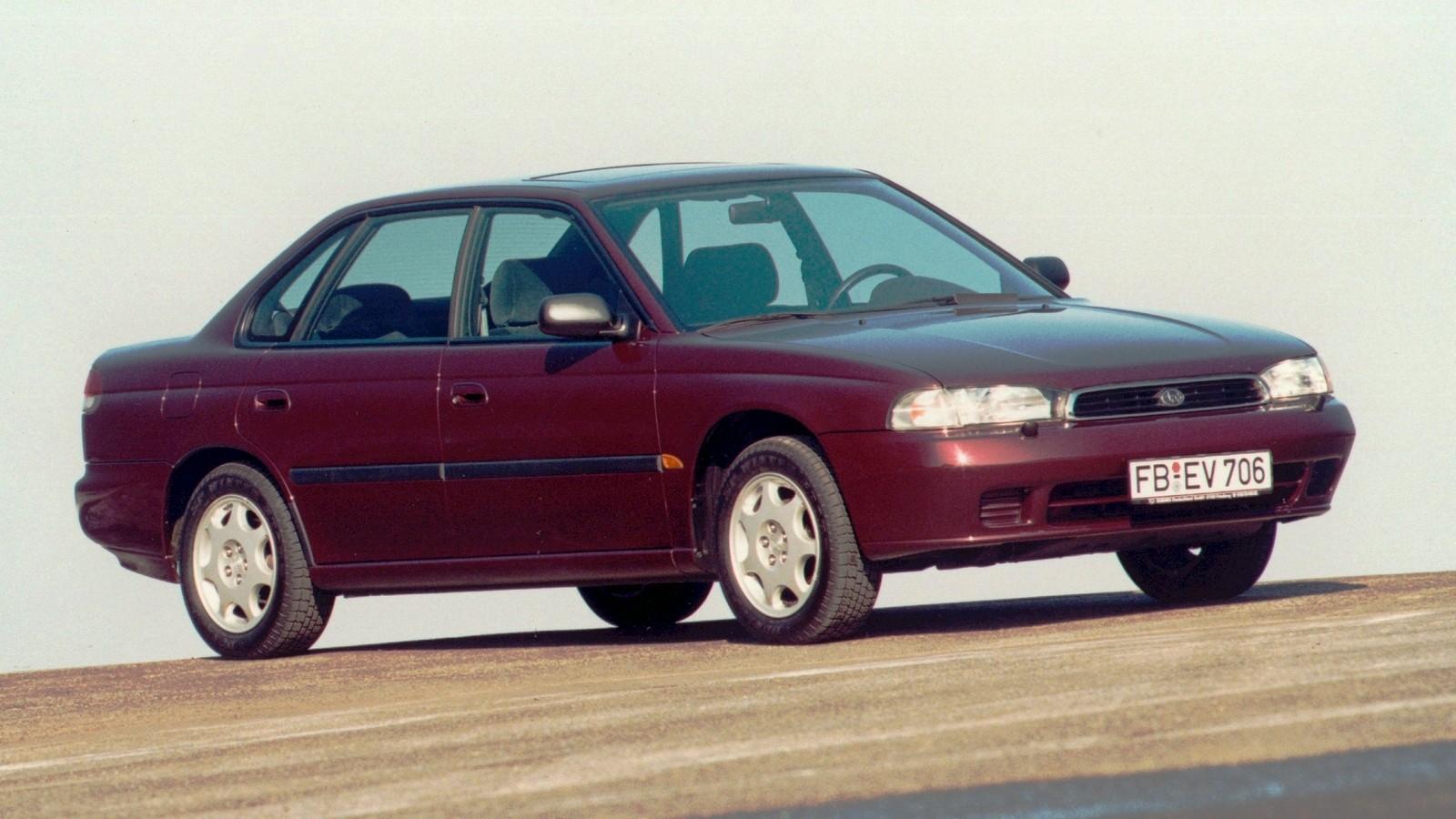 На фото: Subaru Legacy (BD) '1994–98