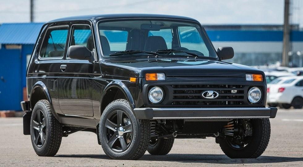 Трехдверная Lada 4x4 Black Edition. Фото