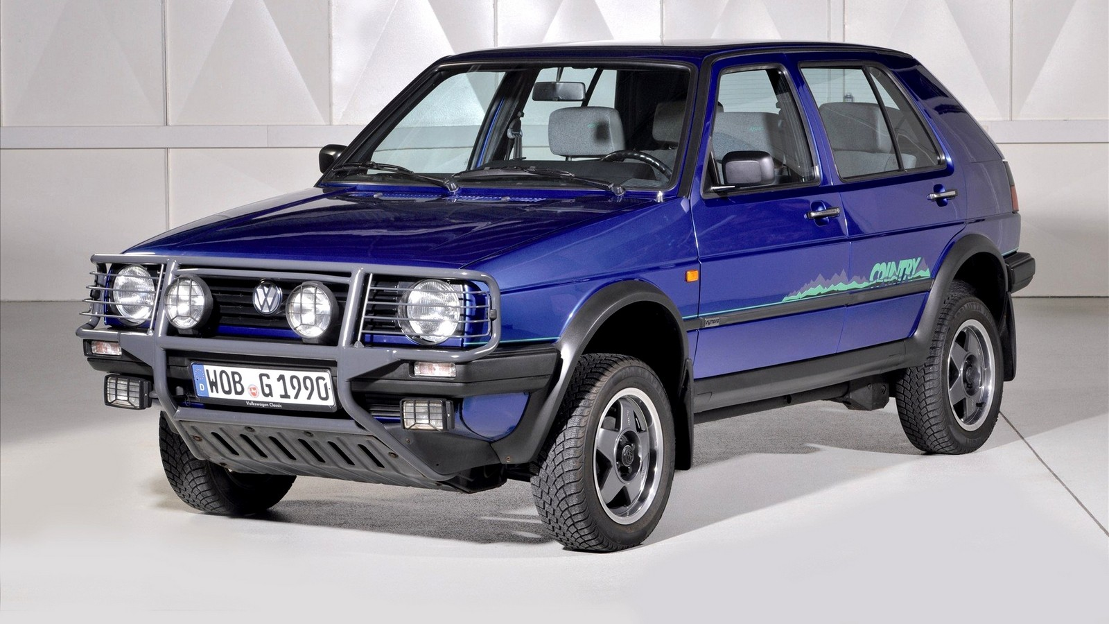 На фото: Volkswagen Golf Country '1990–1991