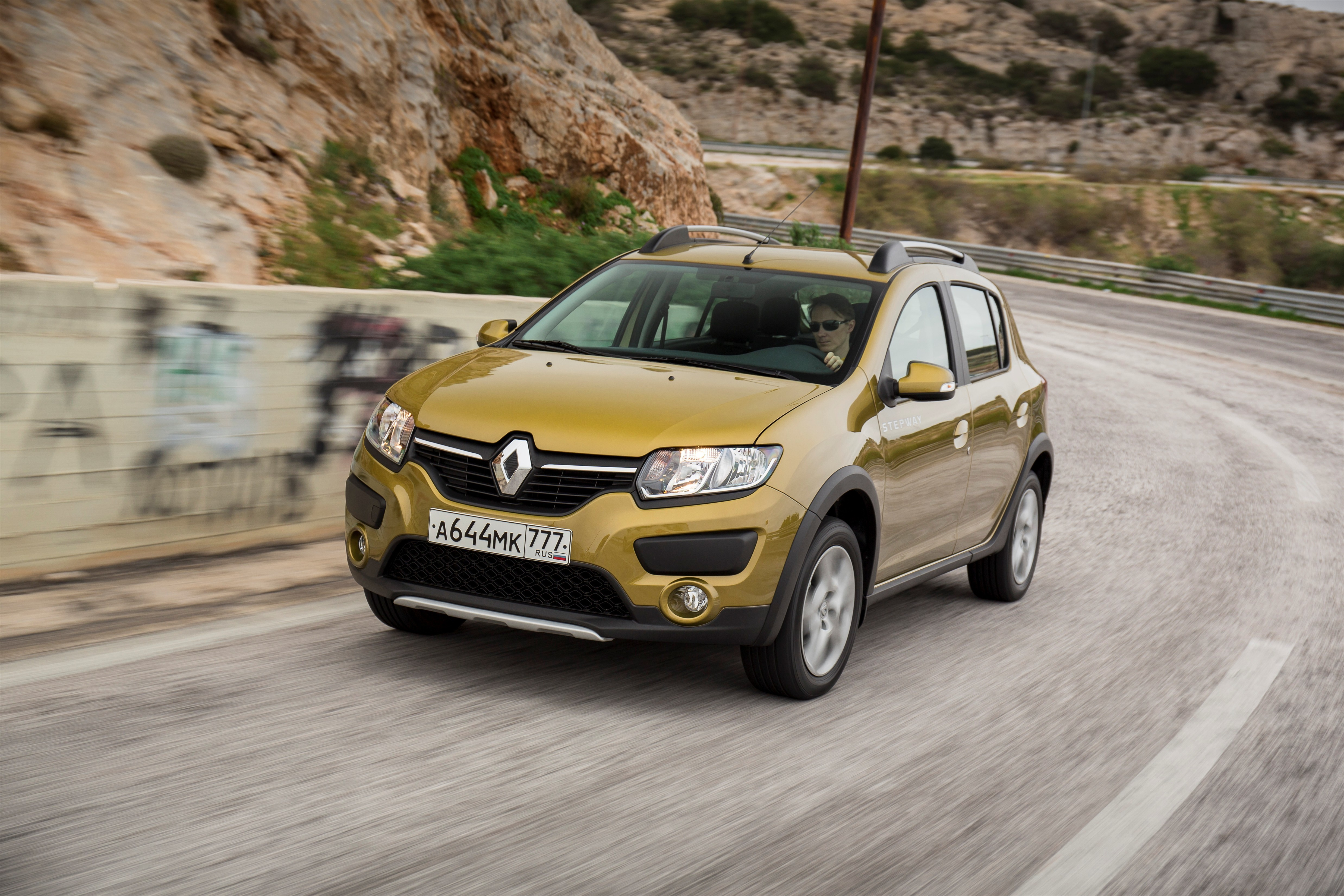 Renault_64186_ru_ru