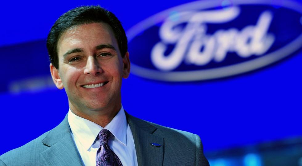 На фото: гендиректор Ford Motor Марк Филдс