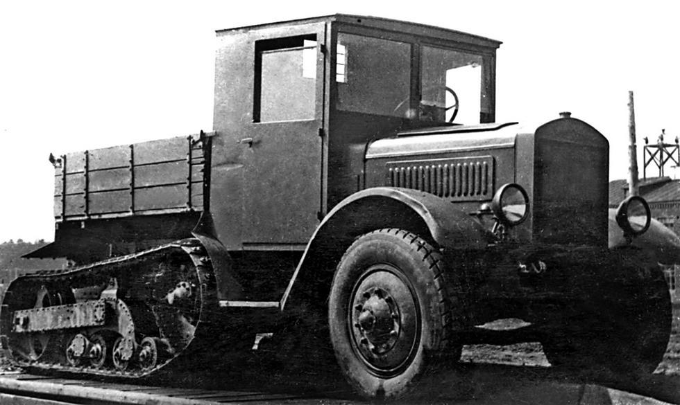 Полугусеничный артиллерийский тягач ЯСП на базе Я-5