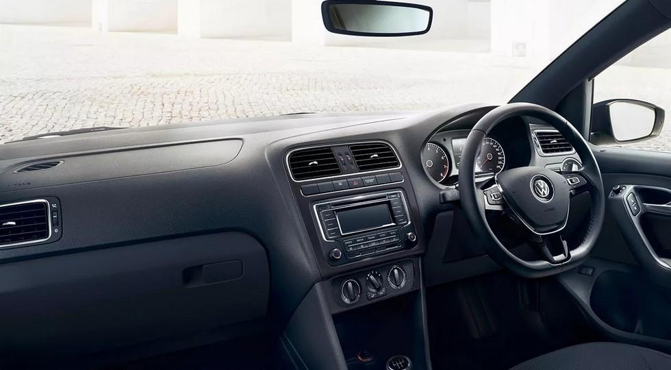 Обновлённый седан Volkswagen Polo: с дизайном «под спорт», но без турбомоторов