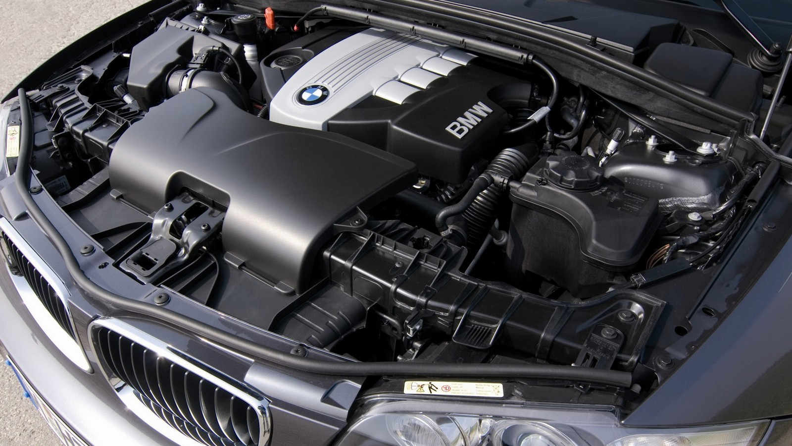 Под капотом BMW 120d 5-door (E87) '2007–11