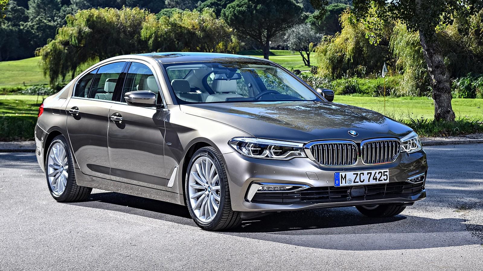 Цена на новый BMW 5 Series в России — от 2 760 000 рублей