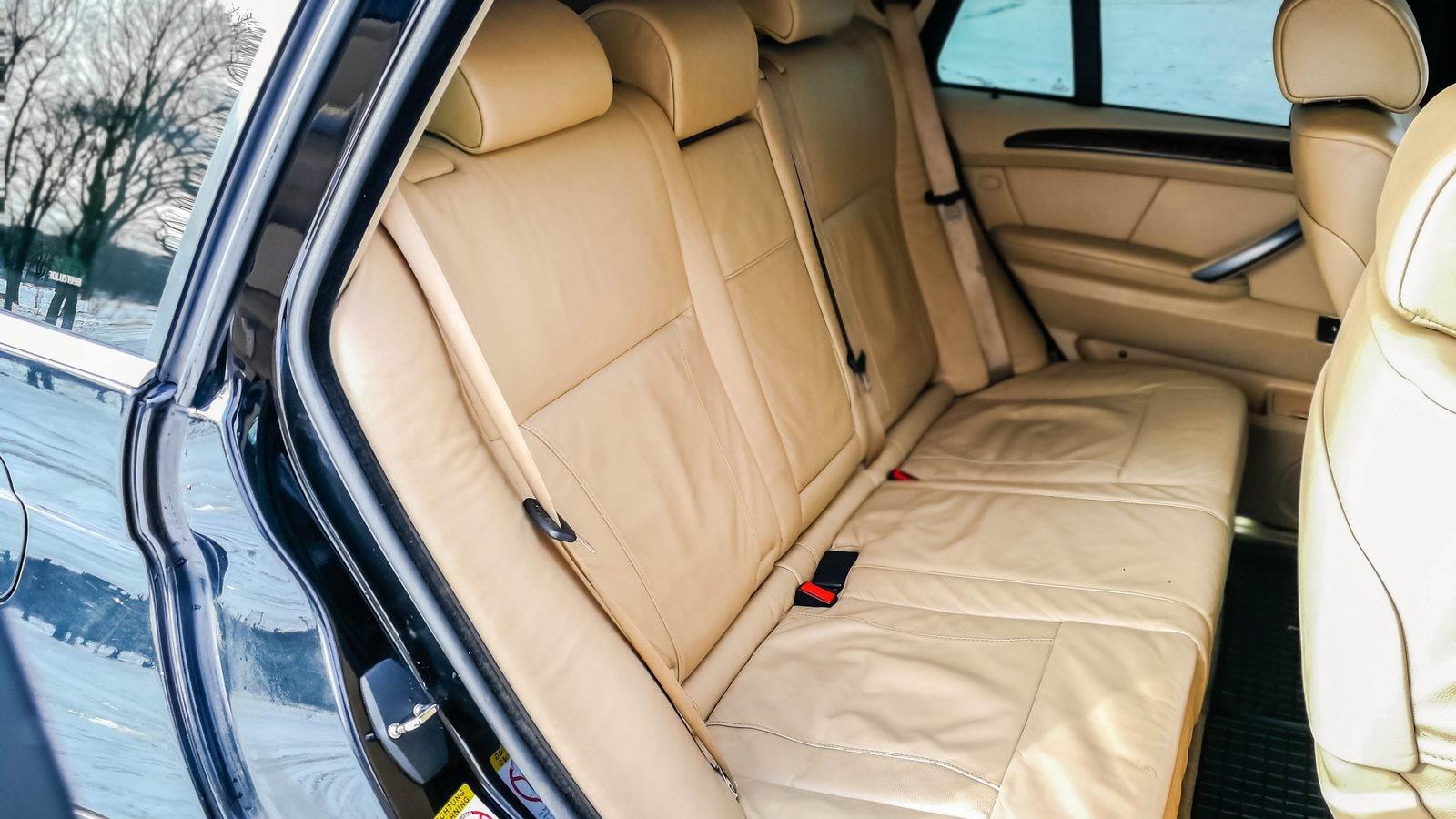 BMW X5 E53 задние сидения