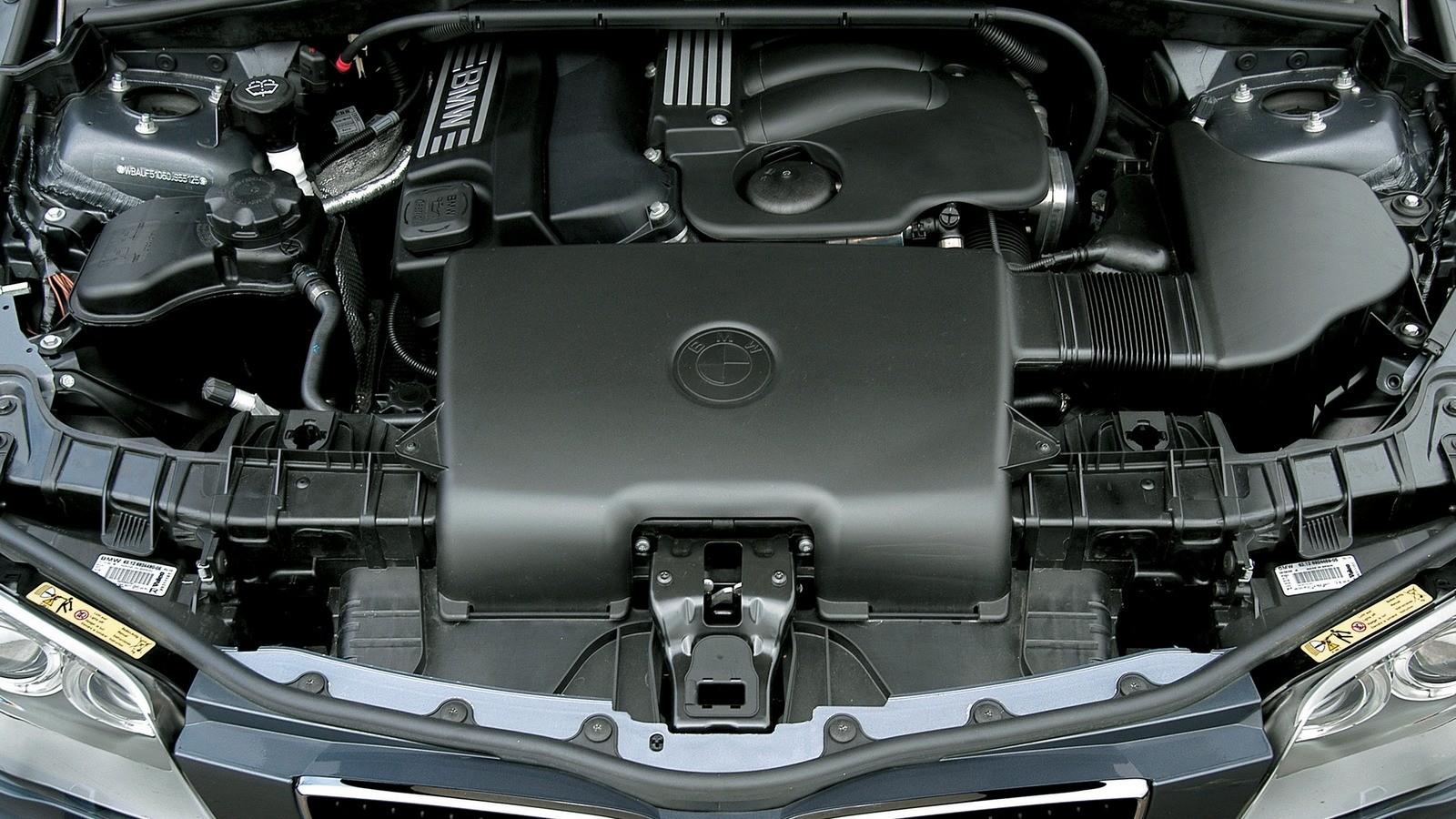 Под капотом BMW 120i 5-door (E87) '2004–06