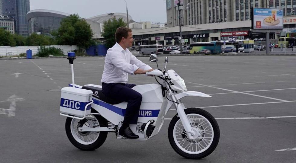 IZh_dlya_politsii