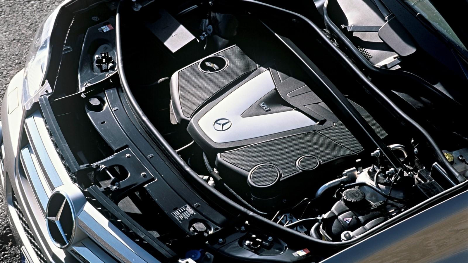 Под капотом Mercedes-Benz GL 320 CDI (X164) '2006–09э