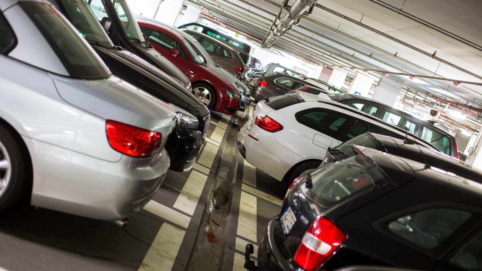 Underground parking/garage