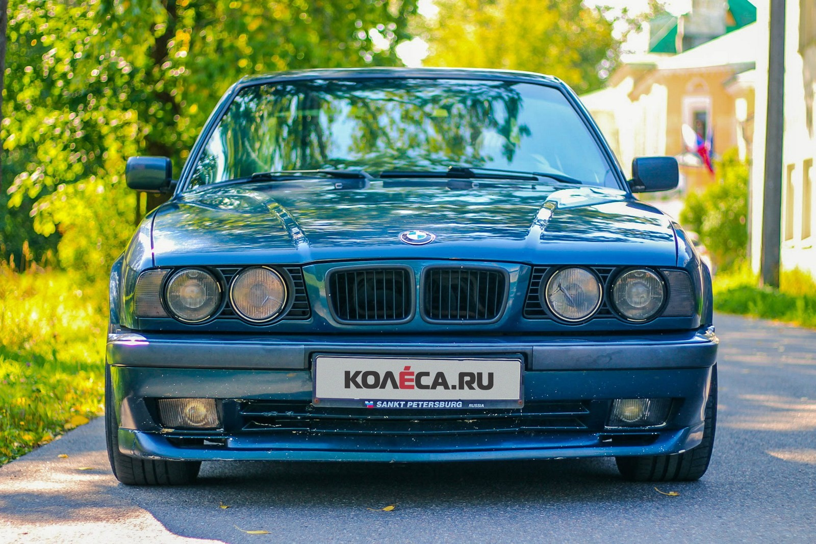 BMW-5-серии-E34-спереди-(2)