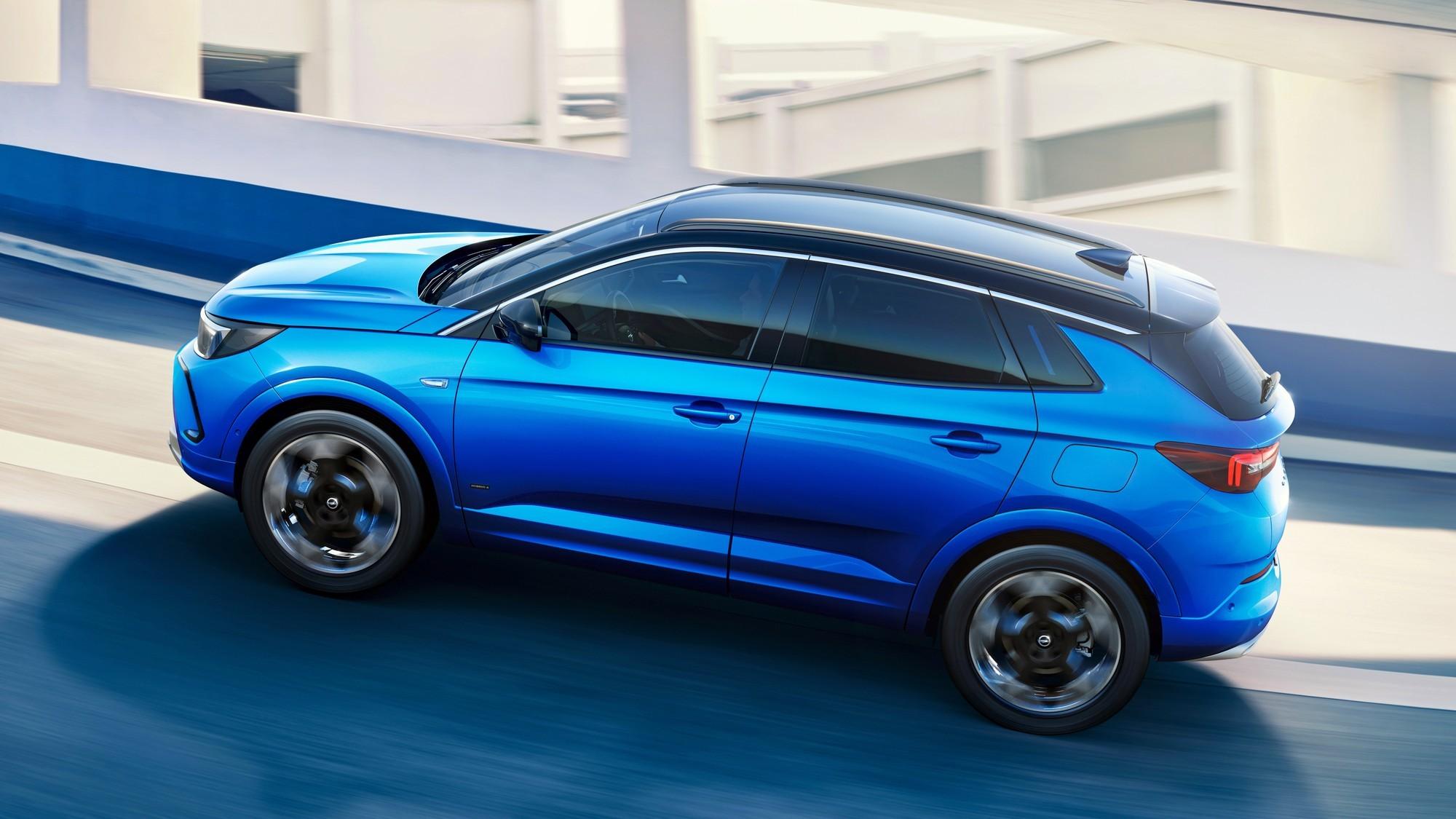 Обновлённый Opel Grandland: без «икса», но с ночным видением и матричными фарами