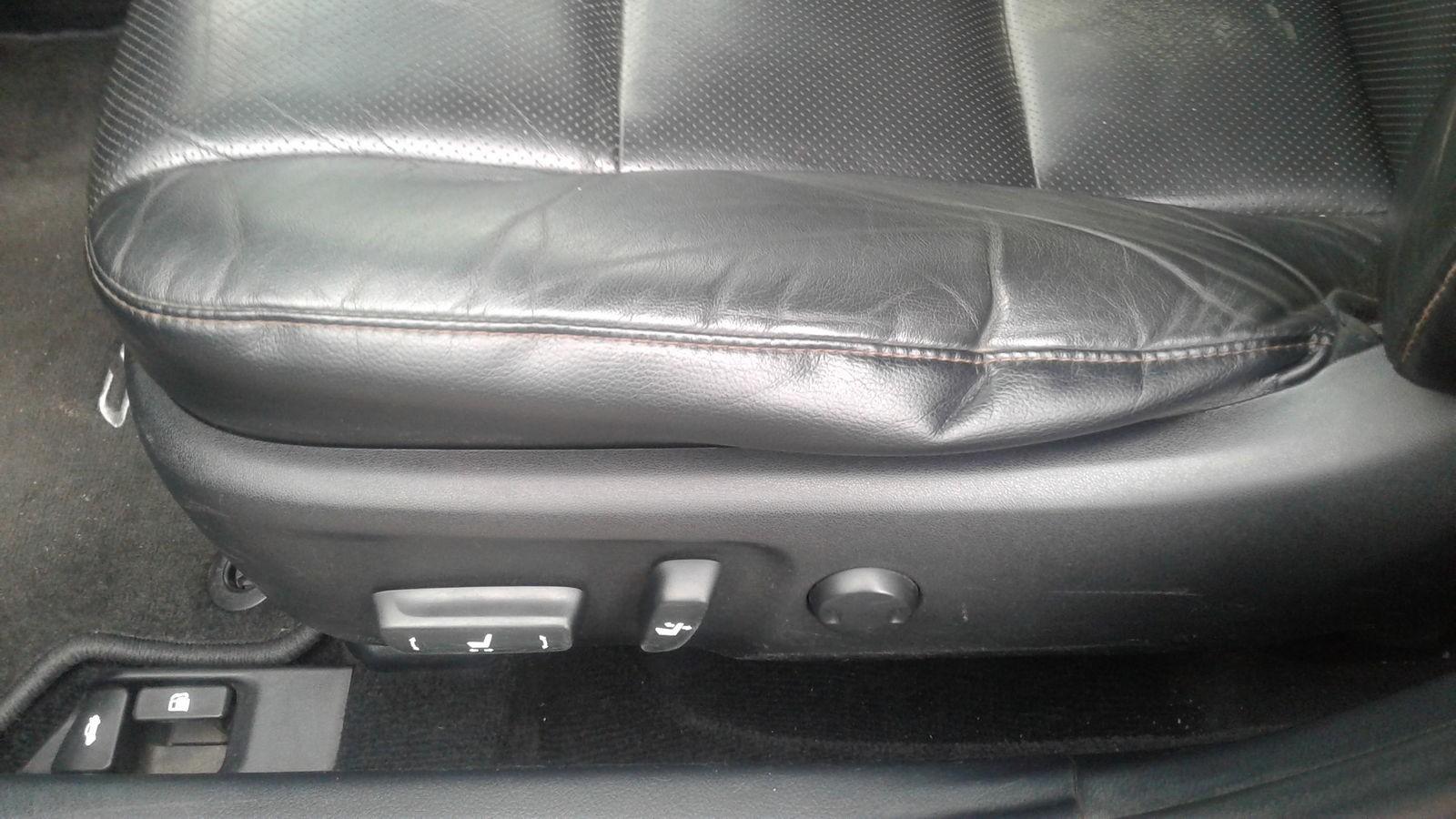 Toyota Camry сидение