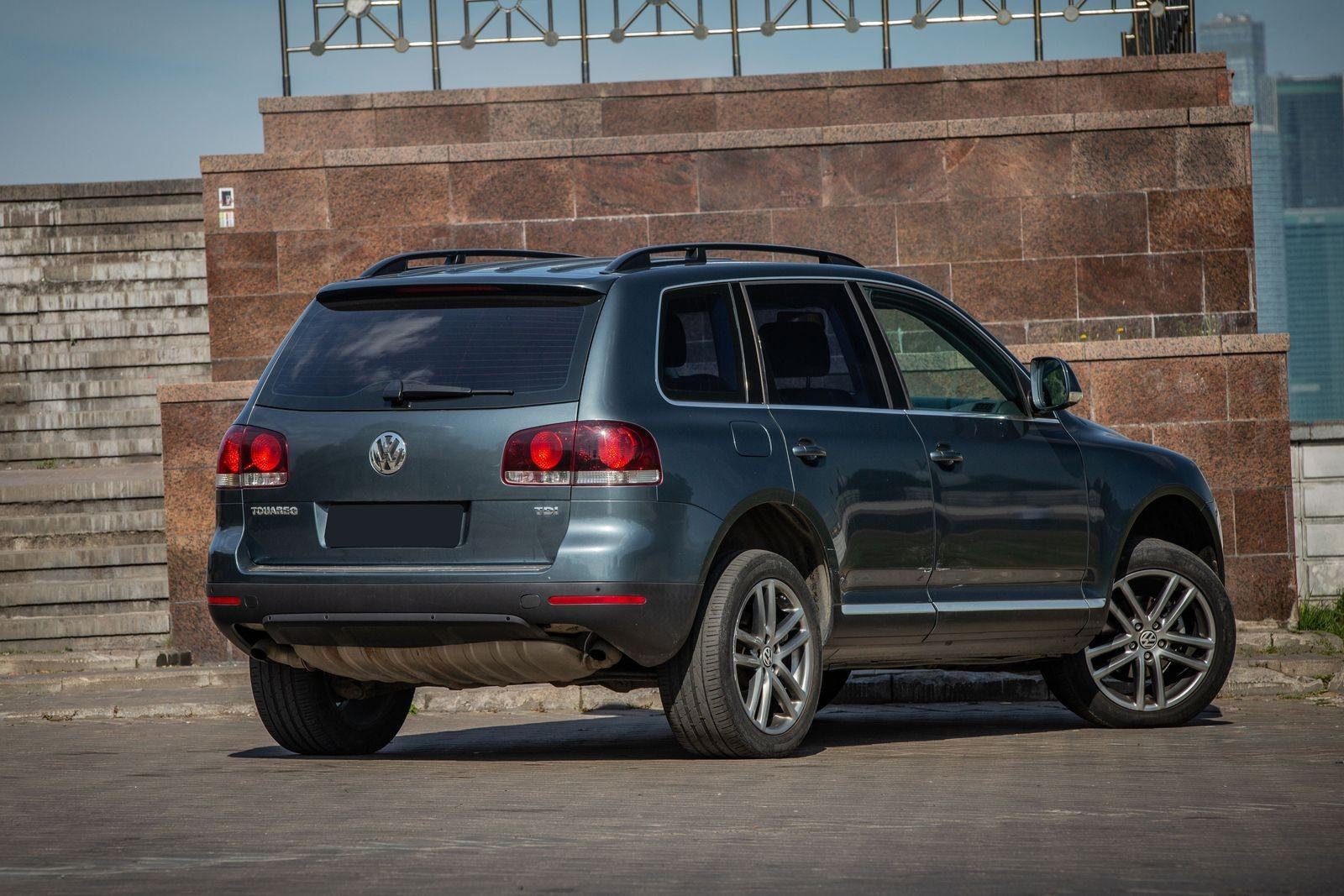 Volkswagen Touareg I с пробегом: кузов сделан на века, а электрика заставит плакать
