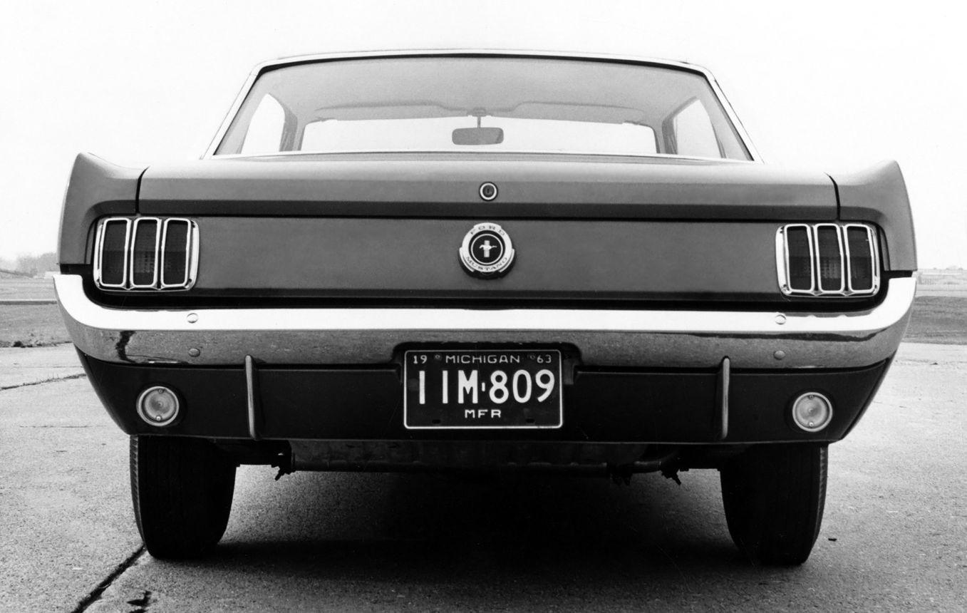 Ford Mustang первого поколения