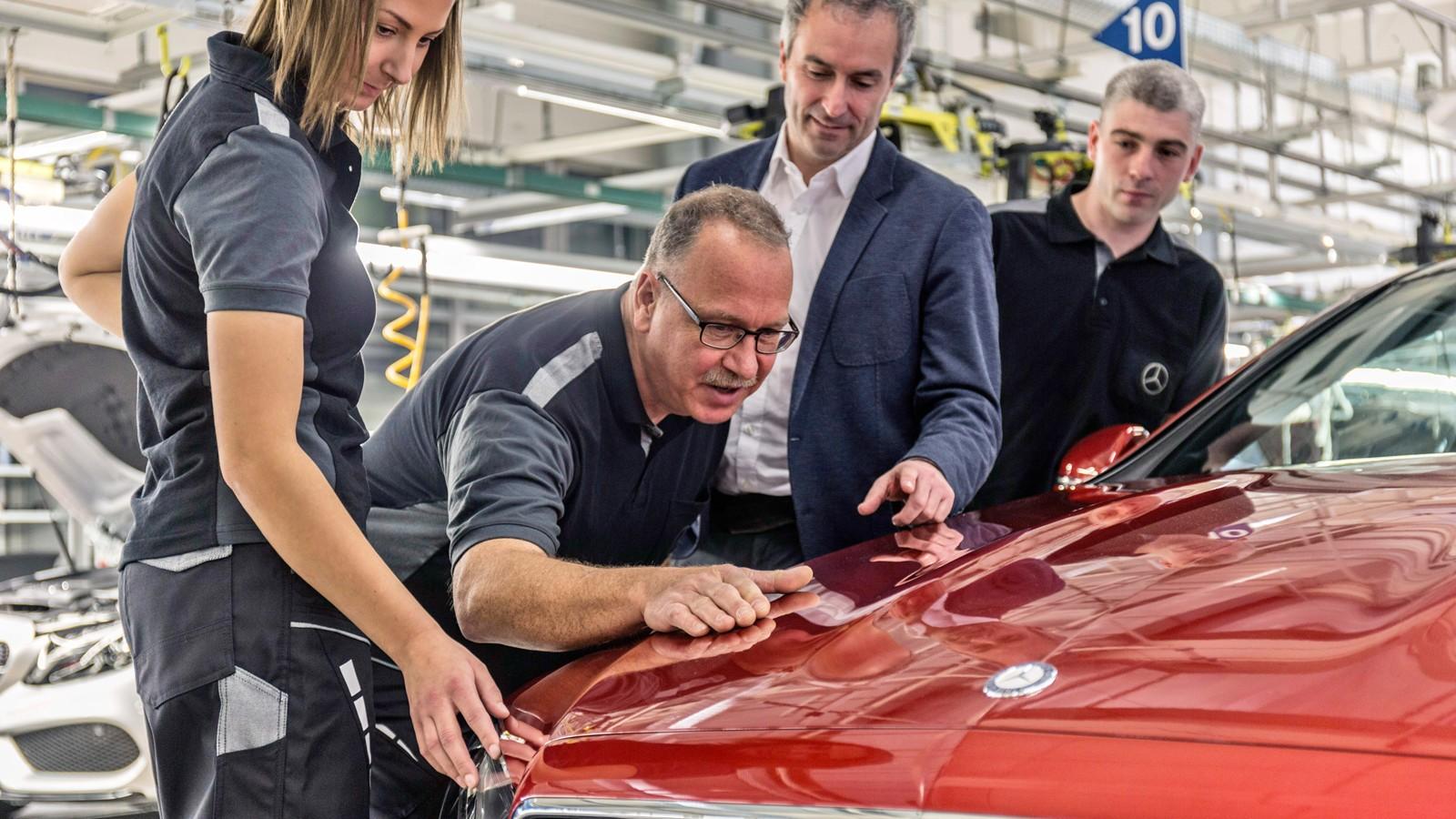 Mercedes-Benz Werk Bremen: Mercedes-Benz startet Produktion des neuen E-Klasse Coupés